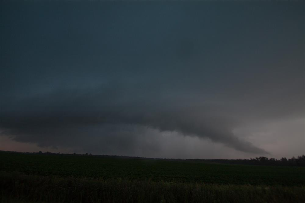 Shelf cloud advancing under weakening supercell near Cottonville, WI on July 14, 2020